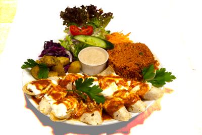 BEYTI DØNER /179,-   Kebab rullet i flatbrød, Serveres med bulgur, yoghurt, salat (M,HV)